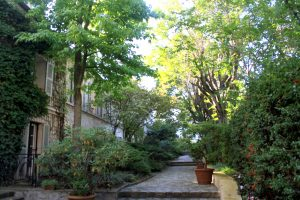 Montmartre courtyard and garden